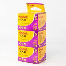Kodak 200 color 35mm film (3 rolls in a pack)